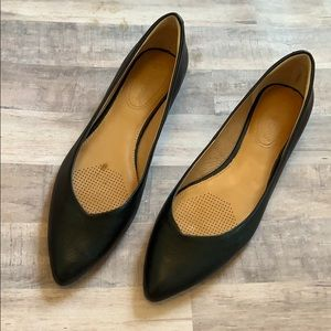 Corso Como Black Leather Pointed Toe Flats